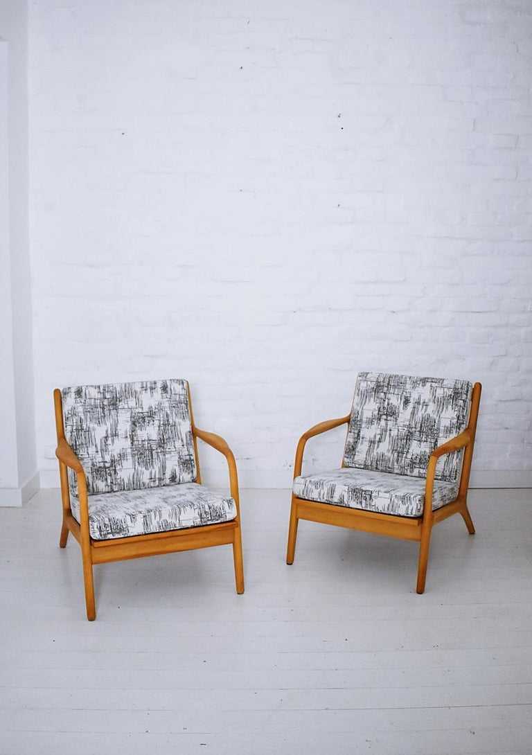 Pair of vintage midcentury easy lounge chairs. Similar to Adrian Pearsall's bent armchair model 2315-C for Craft Associates Materials: Beechwood, new chenille fabric, new webbing, new high-density foam Newly refinished, newly reupholstered.