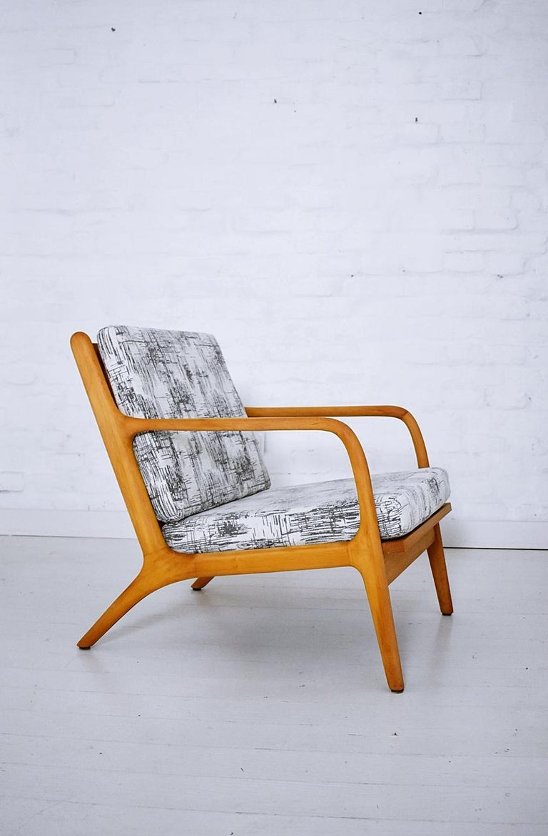 Pair of 1960s Easy Chairs in Style of Adrian Pearsall For Sale 1