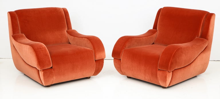 Mid-Century Modern Pair of 1960s Ico Parisi Style Sculptural Italian Lounge Chairs in Rust Velvet For Sale