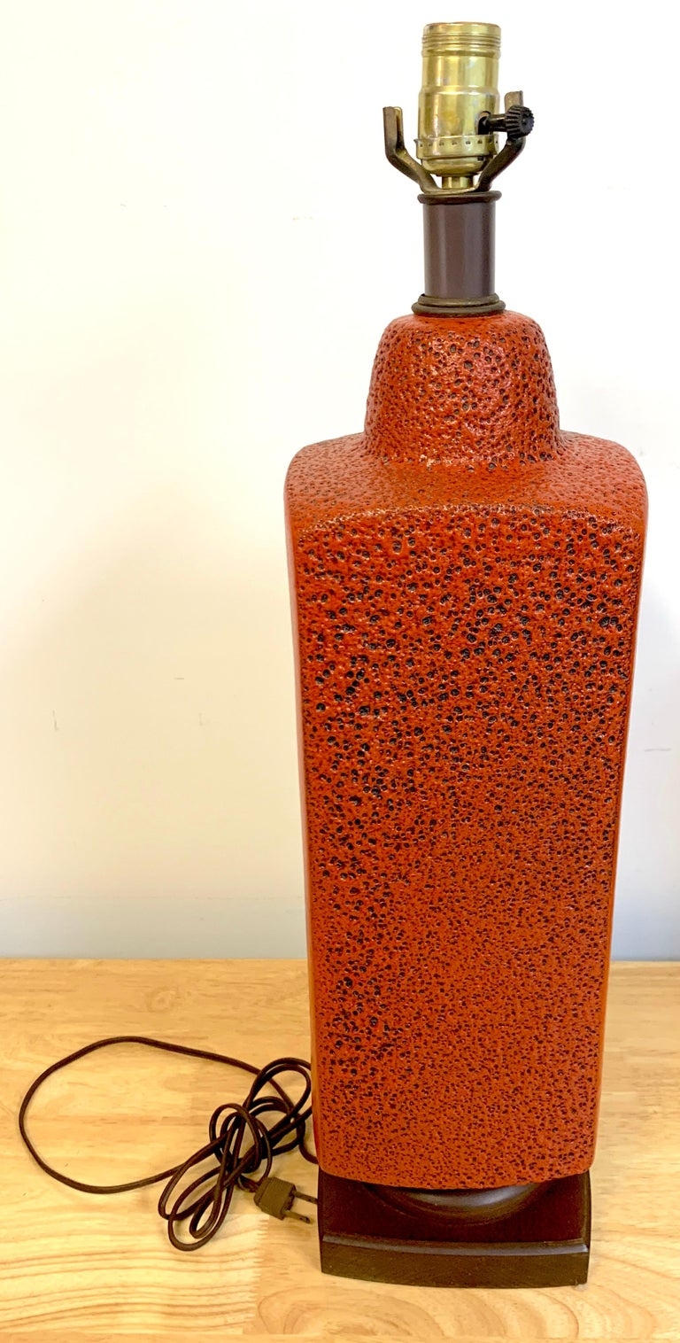 20th Century Pair of 1960s Mod Lava Glazed Orange Lamps For Sale