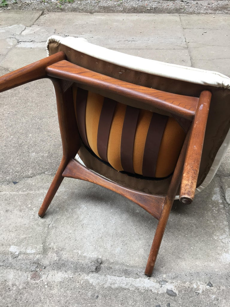 Pair of 1960s Modernist Armchairs For Sale 5