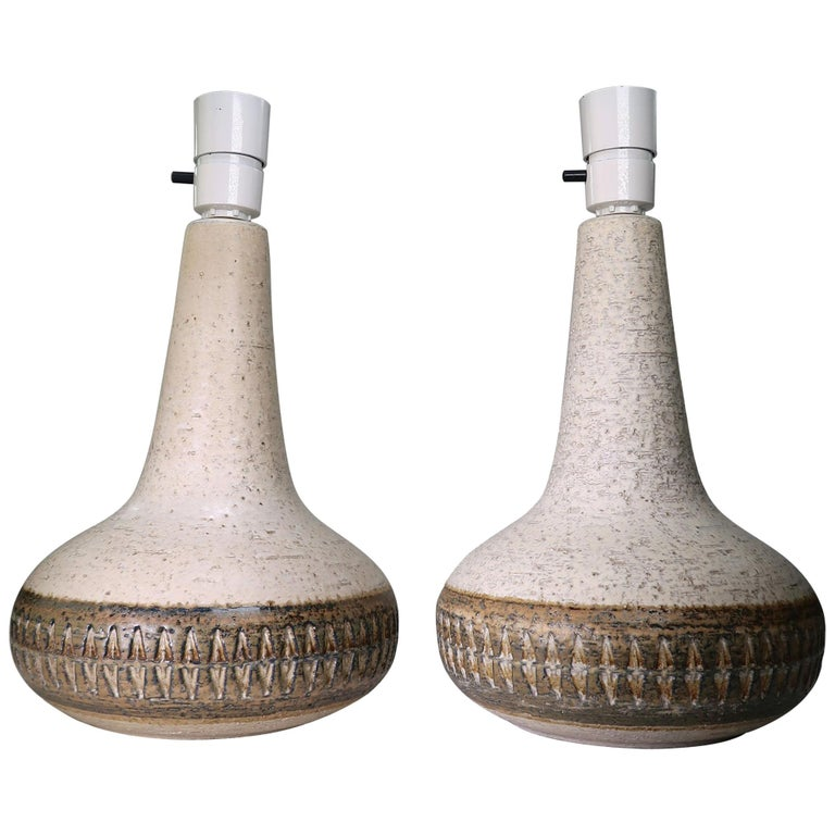 Pair of 1960s Scandinavian Modern Cream White, Brown Stoneware Table Lamps For Sale