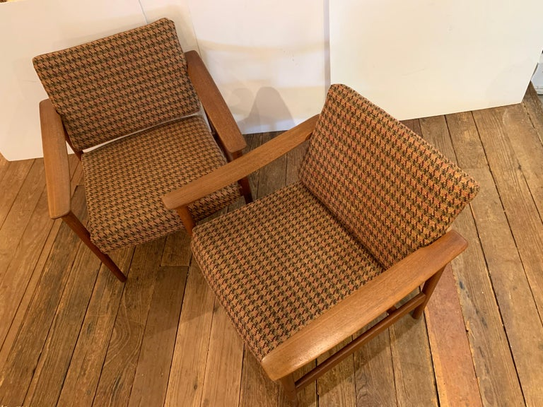 Scandinavian Modern Pair of 1960s Teak Lounge Club Chairs For Sale