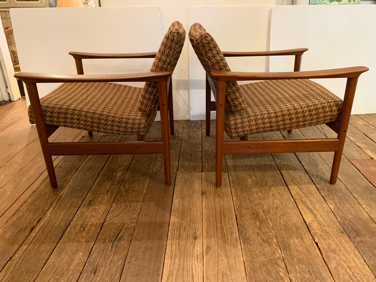 Mid-20th Century Pair of 1960s Teak Lounge Club Chairs For Sale