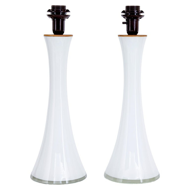 Pair of 1960s White Glass Table Lamps by Bergboms For Sale