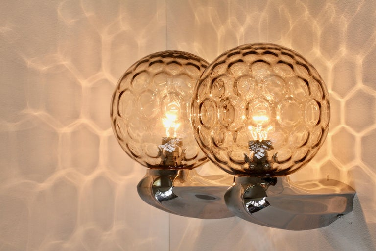 Pair of 1970s Art Deco Style Vintage Bubble Glass Wall Lights or Vanity Sconces For Sale 3