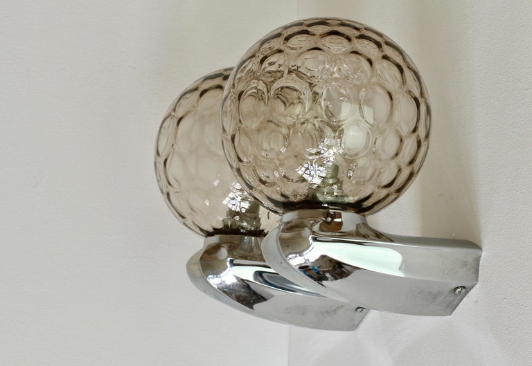 Pair of 1970s Art Deco Style Vintage Bubble Glass Wall Lights or Vanity Sconces For Sale 6