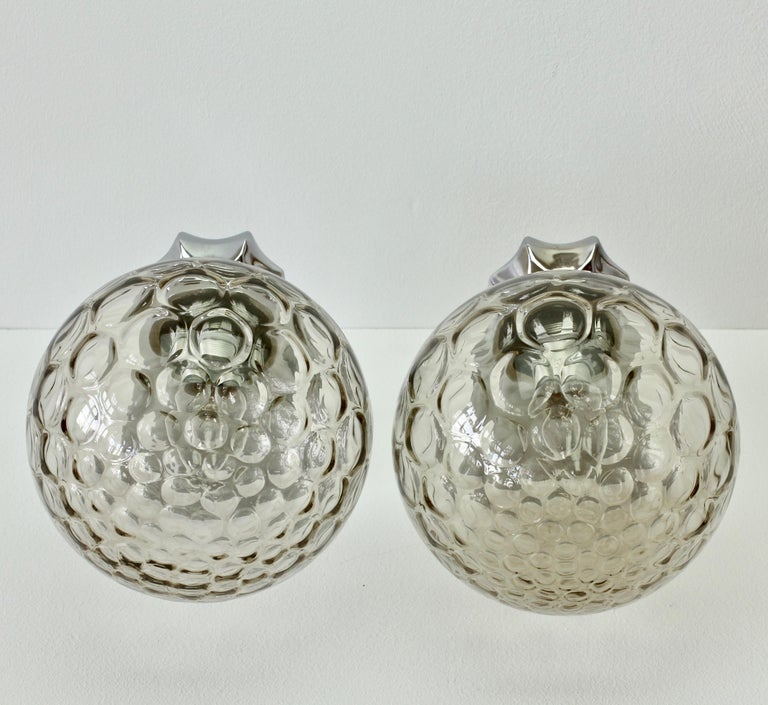 Pair of 1970s Art Deco Style Vintage Bubble Glass Wall Lights or Vanity Sconces For Sale 8