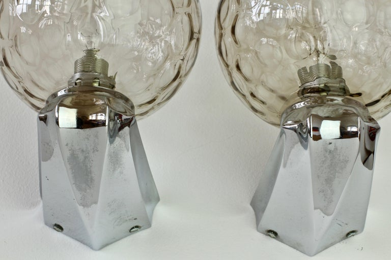 Pair of 1970s Art Deco Style Vintage Bubble Glass Wall Lights or Vanity Sconces For Sale 11