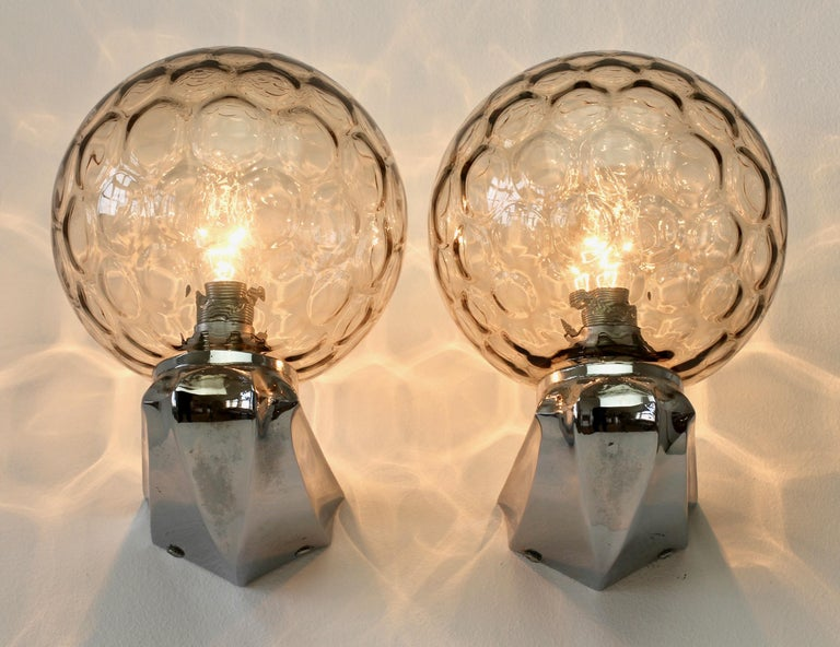German Pair of 1970s Art Deco Style Vintage Bubble Glass Wall Lights or Vanity Sconces For Sale
