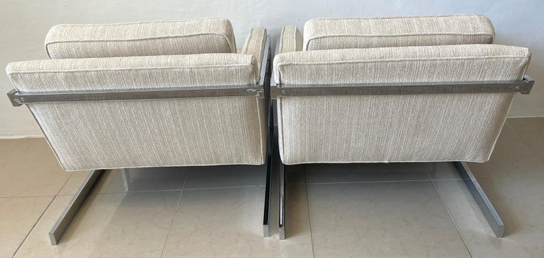 Pair of 1970s Chrome Cantilever Club Chairs, Newly Upholstered In Good Condition For Sale In West Palm Beach, FL