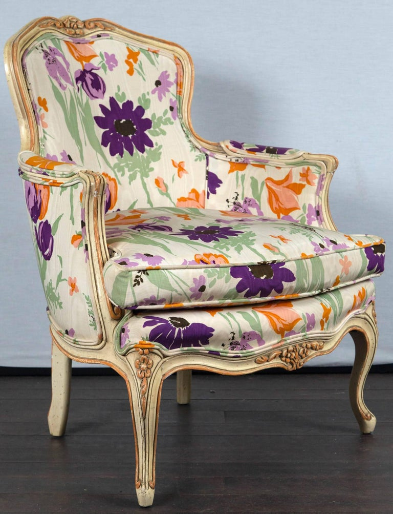 1970s Mod French begeres. Think Natalie woods bedroom in the 1970s! Woodson style floral fabric. Measures: Arm height: 22 inches.