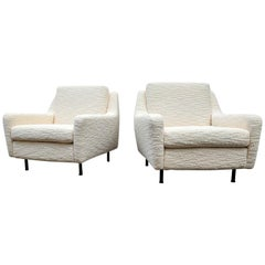 "Pair of 1970s Italian Armchairs in Creme ""Bouclé"" Upholstery, Italy, 1970s"