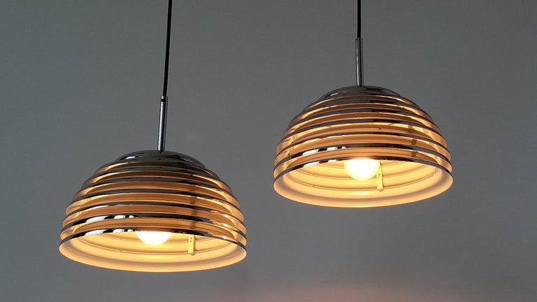 Pair of 1970s Kazuo Motozawa Chrome Louvered Pendant '' Saturno '', Germany In Excellent Condition For Sale In St- Leonard, Quebec