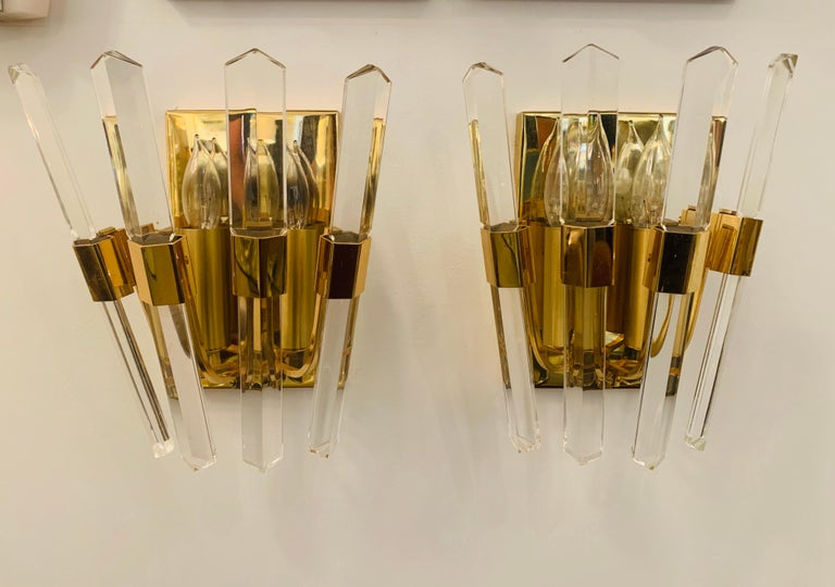 Pair of 1970s Oscar Torlasco Golden Crystal Wall Lights For Sale 5
