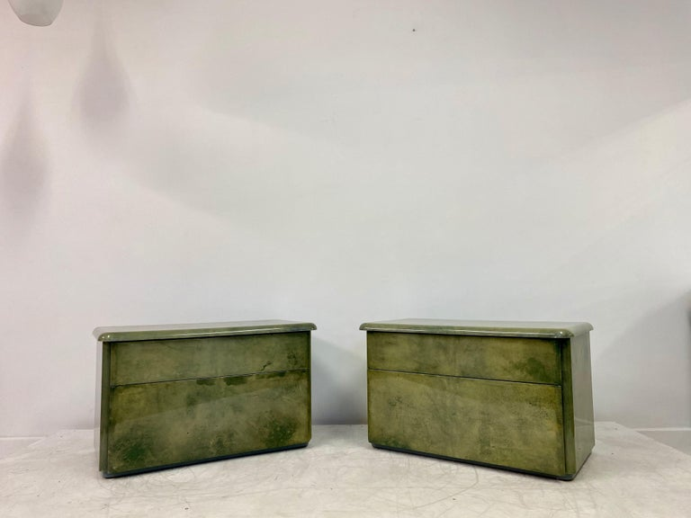 Pair of 1980s Lacquered Parchment or Goatskin Bedside Tables or Nightstands In Good Condition In London, London