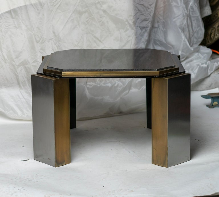 Pair of 1980's Modernist Low Tables in Enameled Steel and Patinated Brass For Sale 1