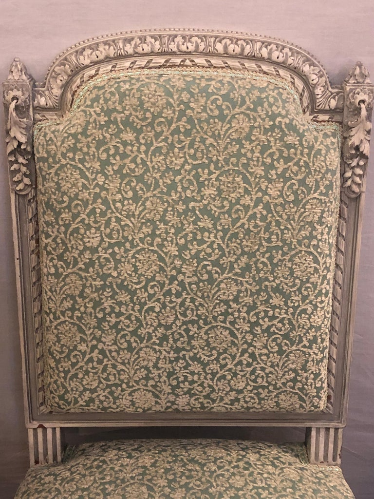 Pair of 19th-20th Century Paint Decorated Louis XVI Style Swedish Side Chairs For Sale 1