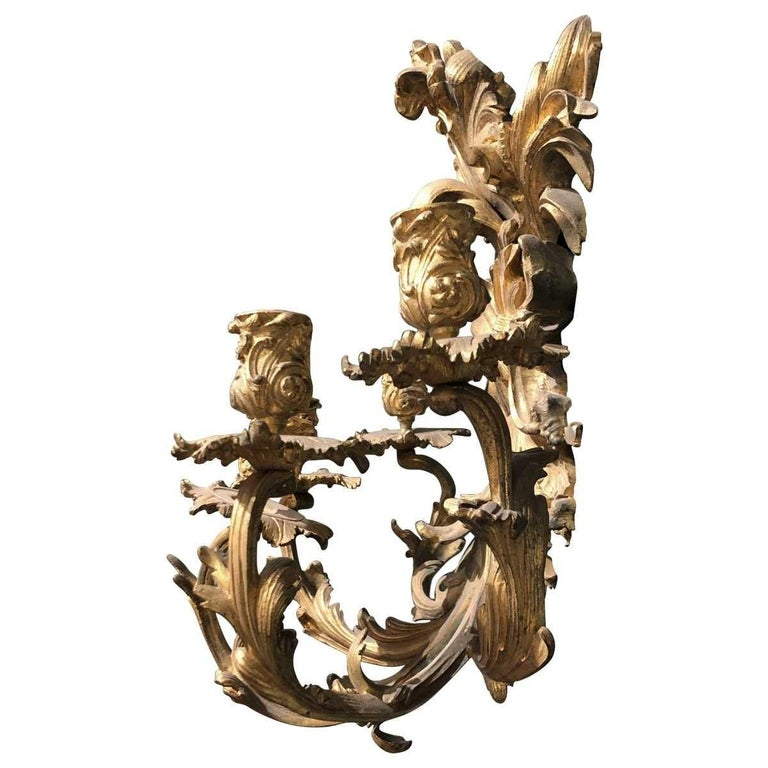 Pair of 19th Century French Bronze Five-Light Sconces In Good Condition For Sale In Pasadena, CA