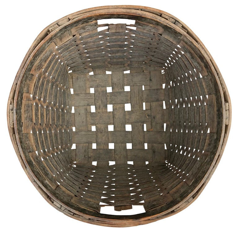 Pair of 19th Century American Potato Baskets For Sale 1
