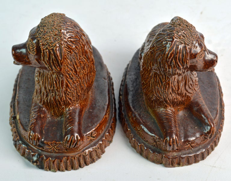 Pair of 19th Century American Yellow Ware Recumbent Spaniels on Oval Plinths For Sale 4