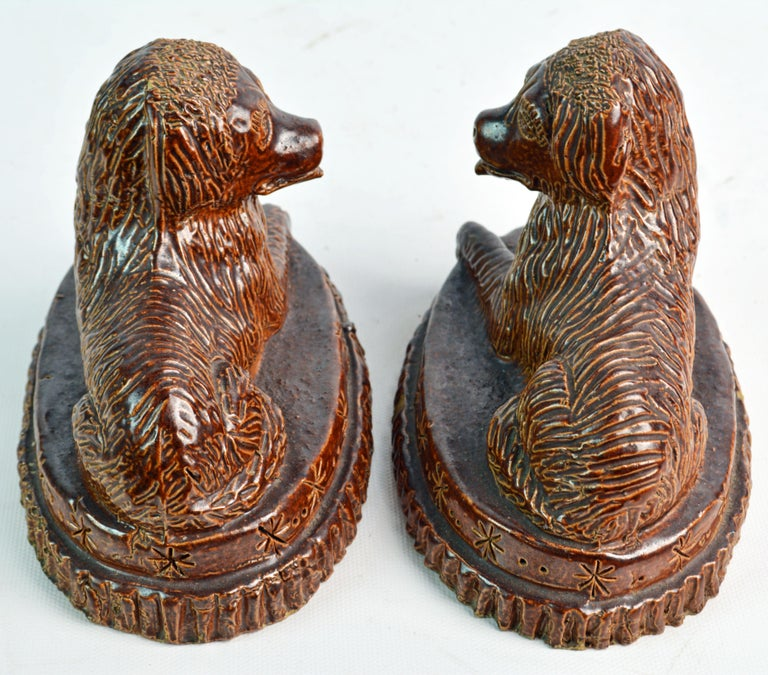 Pair of 19th Century American Yellow Ware Recumbent Spaniels on Oval Plinths For Sale 5