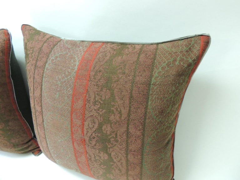Moorish Pair of 19th Century Antique Woven Red Kashmir Paisley Square Decorative Pillows For Sale