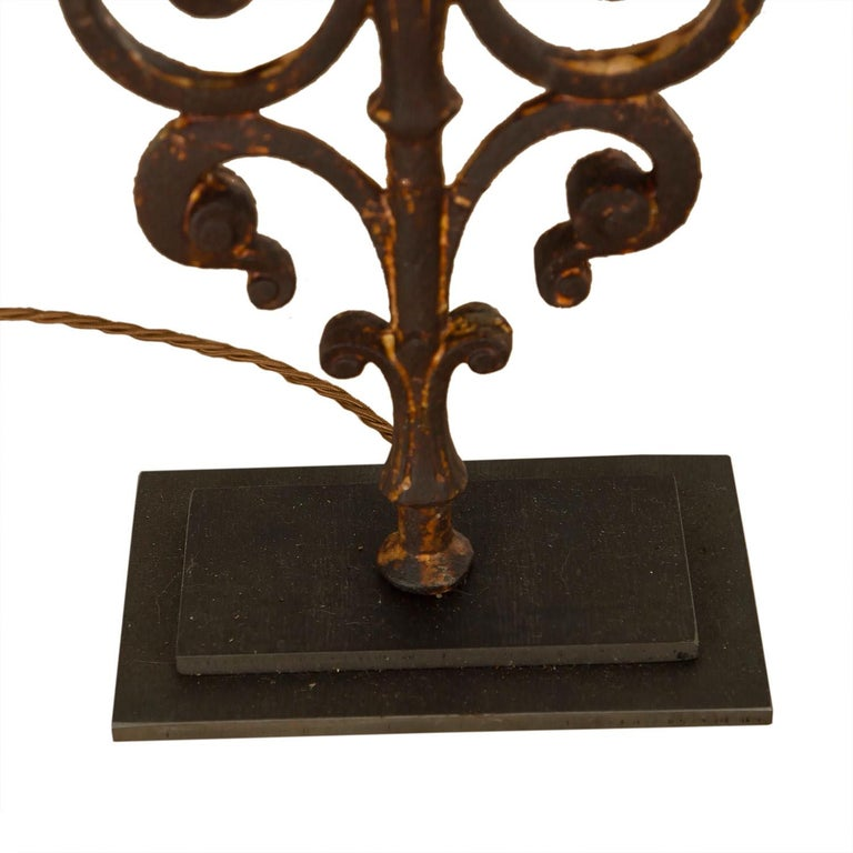 Pair of 19th Century Balustrade Lamps For Sale 1