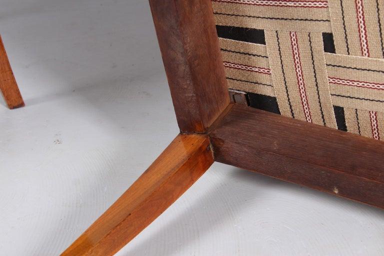 Pair of 19th Century Biedermeier Chairs, Southern Germany, Walnut, circa 1830 5