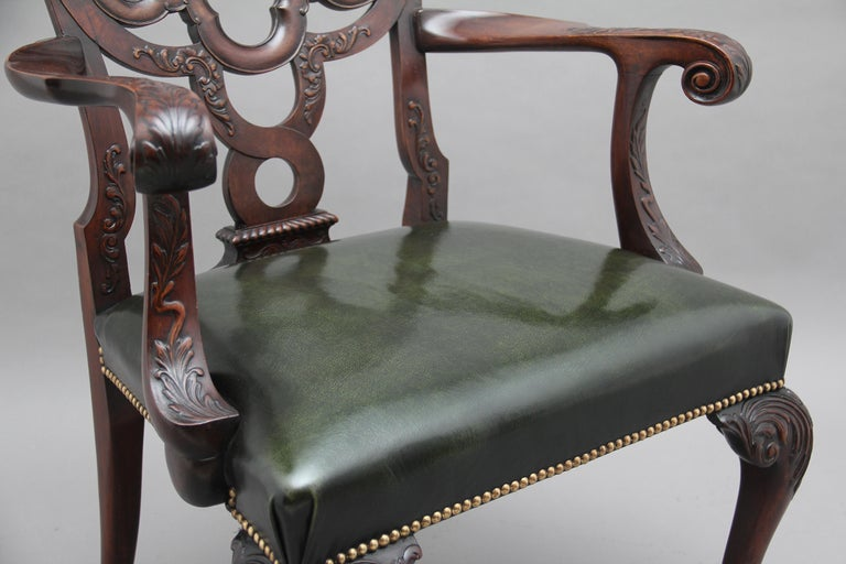 Pair of 19th Century Carved Mahogany Armchairs In Good Condition For Sale In Martlesham, GB