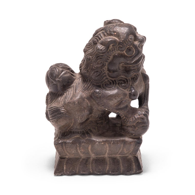 Pair of 19th Century Chinese Guardian Fu Dogs For Sale 4