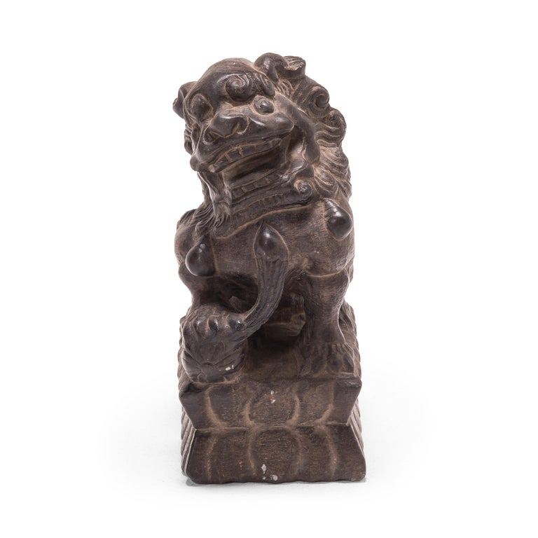 Pair of 19th Century Chinese Guardian Fu Dogs For Sale 1