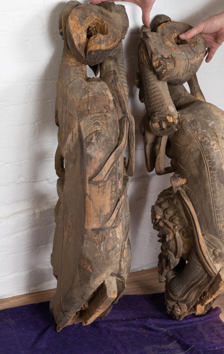 Pair of 19th Century Chinese Guardian Lions Wood Carvings from a Temple Wall For Sale 10