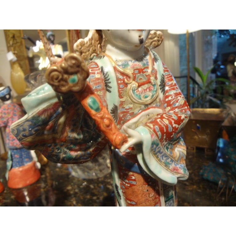 Pair of 19th Century Chinese Hand Decorated Porcelain Figures For Sale 8
