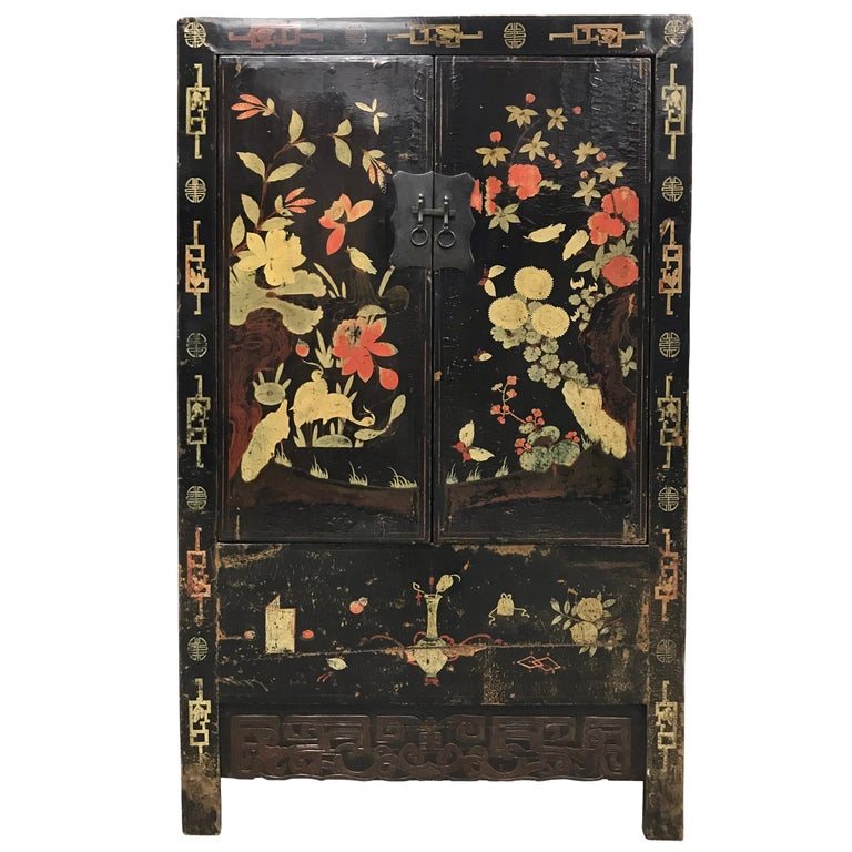 Chinoiserie Pair of 19th Century Chinese Painted Cabinets For Sale