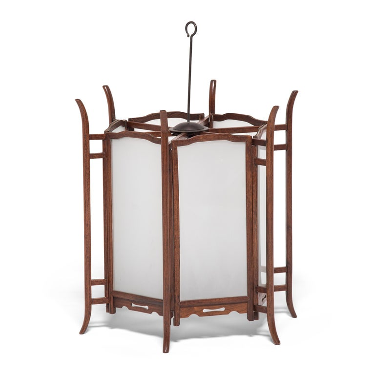 Qing Pair of 19th Century Chinese Rosewood Lanterns For Sale