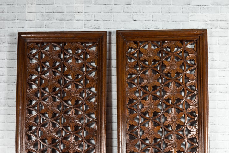 Pair of 19th Century Chinese Wooden Panels with Floral Motifs and Carved Objects For Sale 1