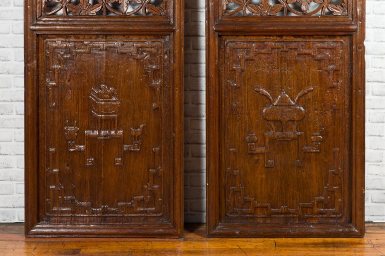 Pair of 19th Century Chinese Wooden Panels with Floral Motifs and Carved Objects For Sale 3