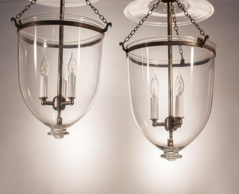 English Pair of 19th Century Clear Glass Bell Jar Lanterns For Sale