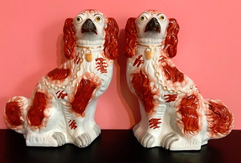 Pair of 19th Century English #1 Staffordshire Red Seated Spaniel Dogs For Sale 12