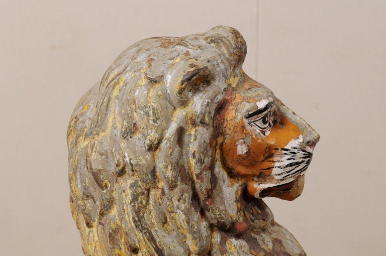 Pair of 19th Century English Cast-Iron Lion Statues For Sale 1