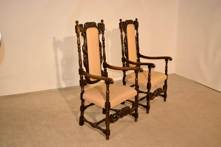 Victorian Pair of 19th Century English Hall Chairs For Sale