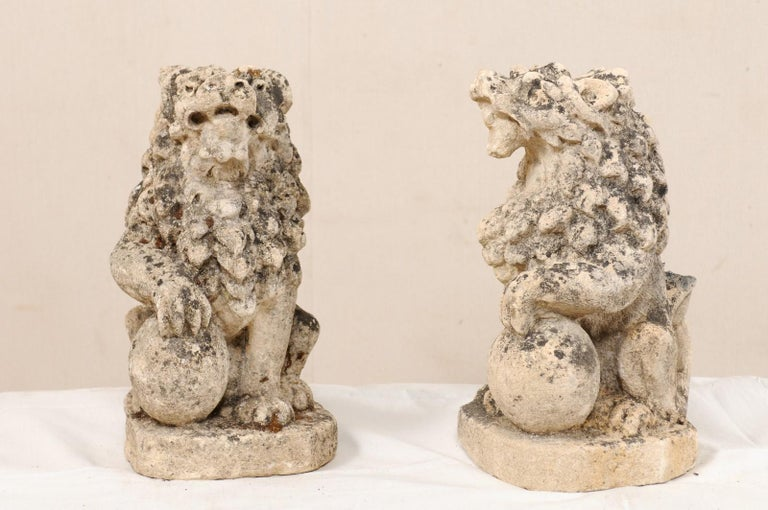 Pair of 19th Century English Lions of Carved Limestone For Sale 7