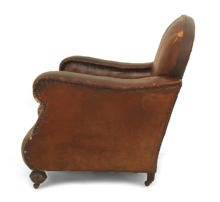 Victorian Pair of 19th Century English Oversized Brown Leather Club Chairs For Sale