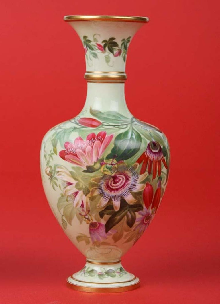 Pair of 19th Century Flower Vases Made by Copeland For Sale 1