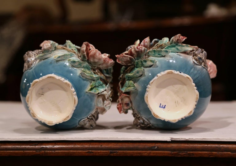 Pair of 19th Century French Barbotine Cachepots with Hand Painted Flowers For Sale 5