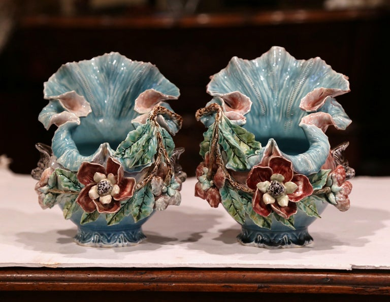 Pair of 19th Century French Barbotine Cachepots with Hand Painted Flowers For Sale 1