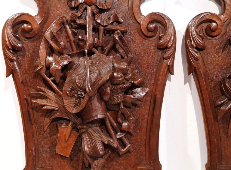 Pair of 19th Century French Black Walnut Carved Walnut Wall Trophy Sculptures For Sale 1