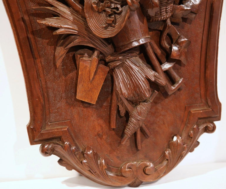 Pair of 19th Century French Black Walnut Carved Walnut Wall Trophy Sculptures For Sale 4