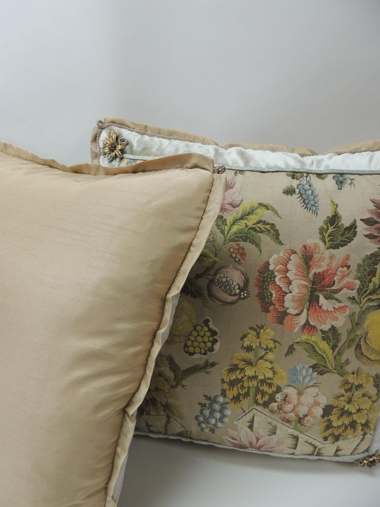 Hand-Crafted Pair of Green and Pink Antique French Brocade Floral Decorative Pillows For Sale